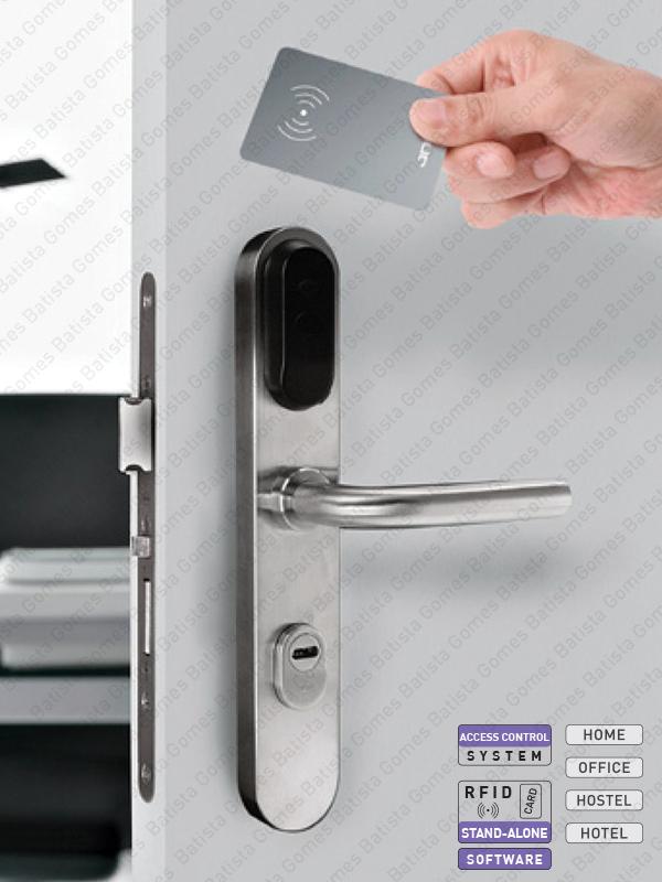 Batista Gomes - CA.100 - Sistema controlo acessos autoprogramáveis com cartão proximidade (RFID)