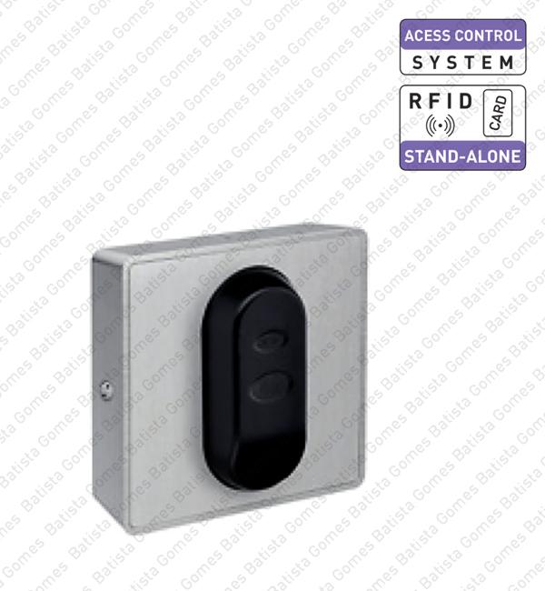 Batista Gomes - CA.28201 - Sistema controlo acessos autoprogramável de parede com cartão proximidade (RFID)