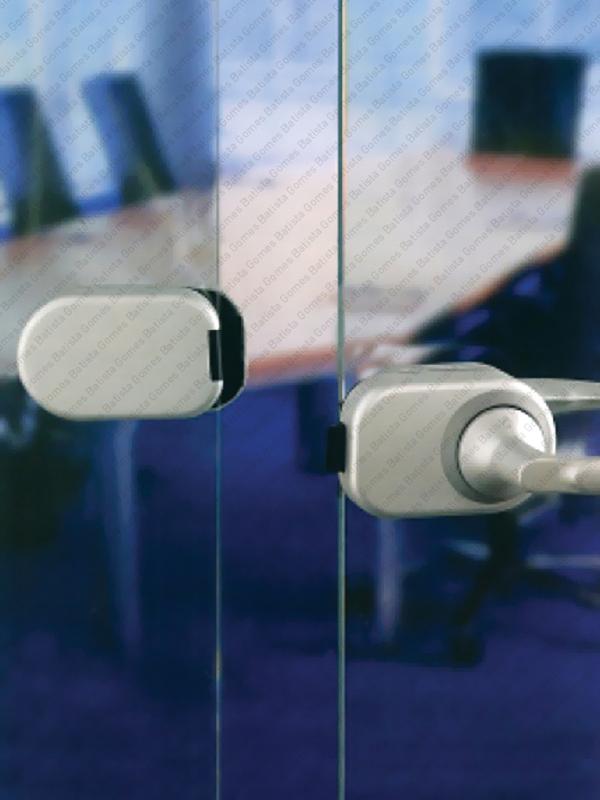 Batista Gomes - F.CX.HCS.GD.A761/762 - Sistema HCS - Adaptador receptor de trinco para 2ª Folha - Portas em Vidro